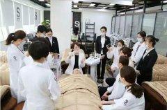 化妆师华丽升级,奔赴韩国只为一颗爱美之心