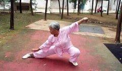 六旬老太坚持锻炼 获太极拳一级教练证