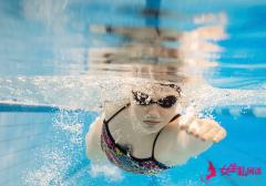 必看:夏季游泳的10个禁忌